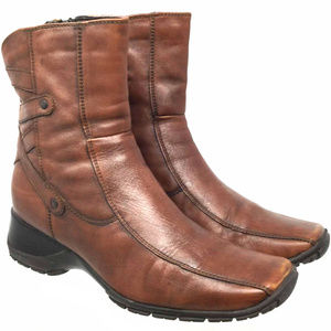 Clarks Women's Ankle Boots Size Us 7M Brown Zip